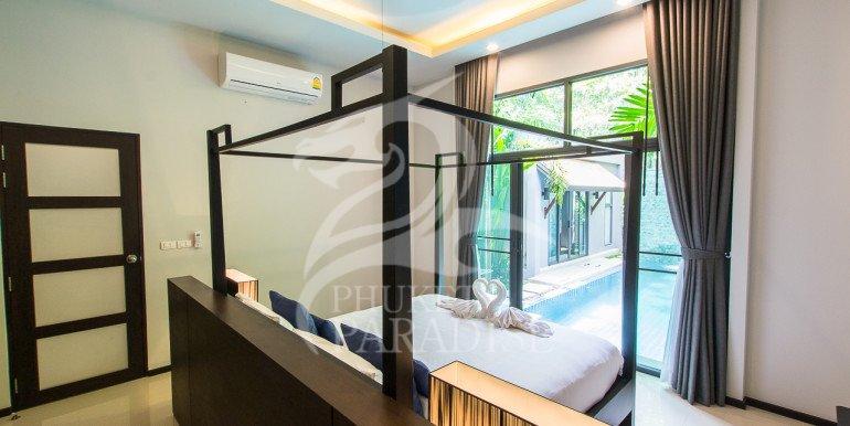 Brand New 3 Bedroom Private Pool Villa (17)