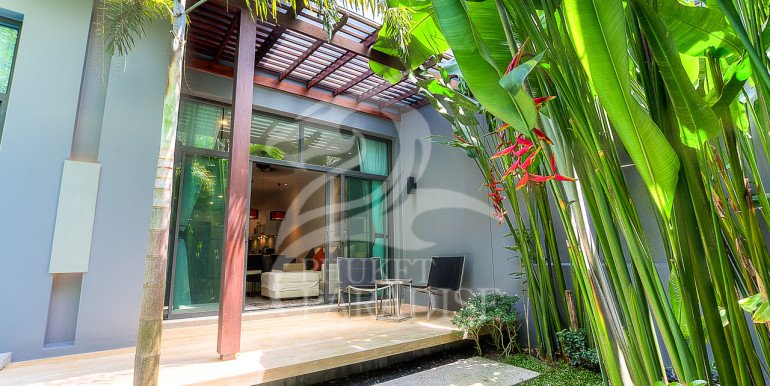 Brand New 3 Bedroom Private Pool Villa (23)
