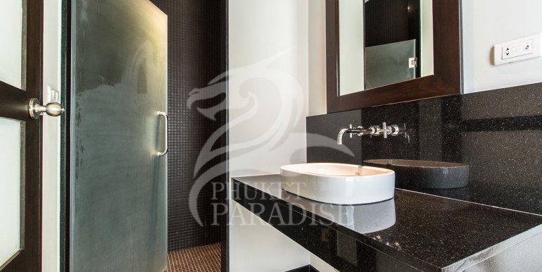 Brand New 3 Bedroom Private Pool Villa (27)