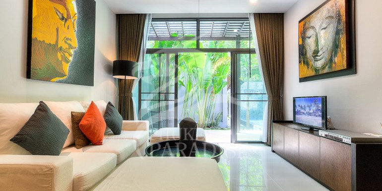 Brand New 3 Bedroom Private Pool Villa (35)