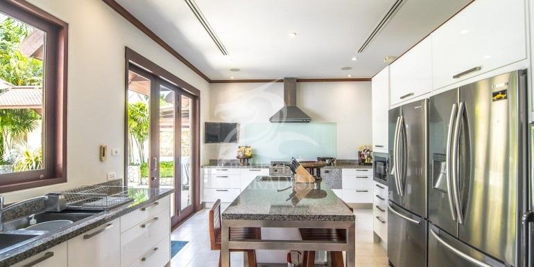 saitaan-villa-for-rent-phuket-36