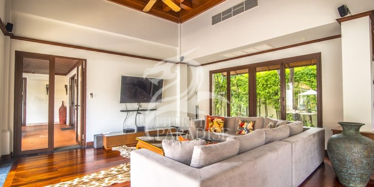 sai-taan-villa-phuket-for-rent-15