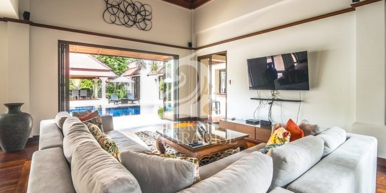 sai-taan-villa-phuket-for-rent-16