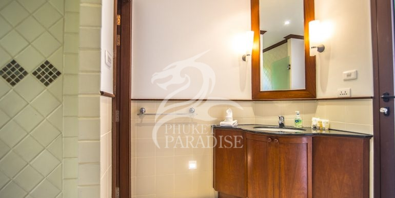 sai-taan-villa-phuket-for-rent-17