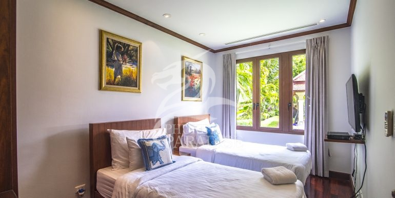 sai-taan-villa-phuket-for-rent-35