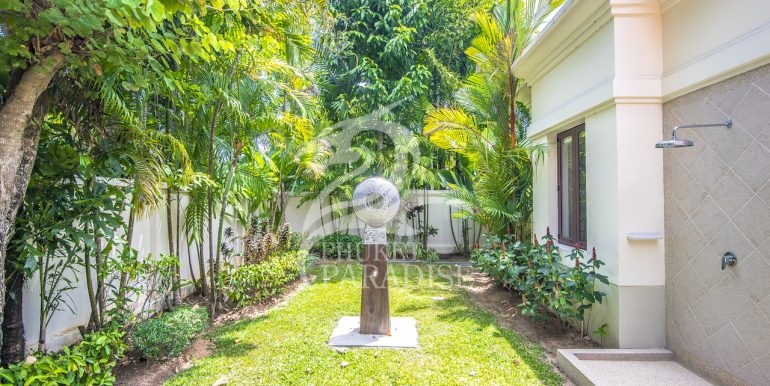sai-taan-villa-phuket-for-rent-41