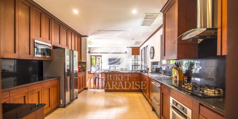 sai-taan-villa-phuket-for-rent-7