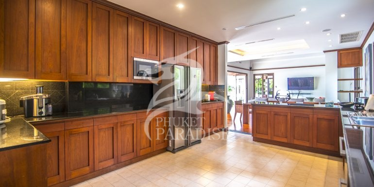 sai-taan-villa-phuket-for-rent-8