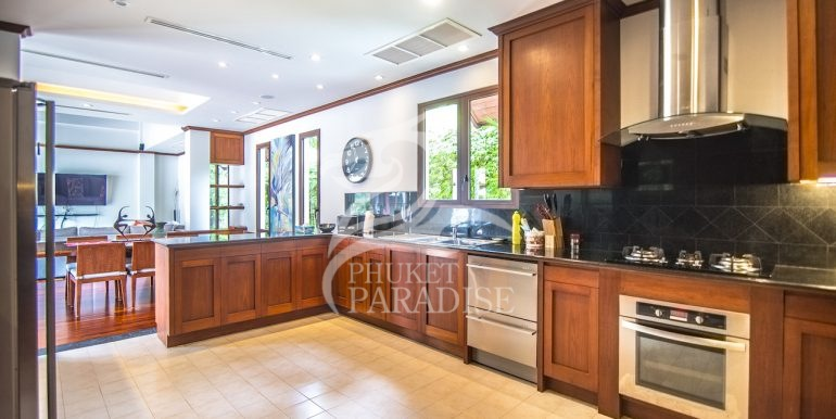 sai-taan-villa-phuket-for-rent-9