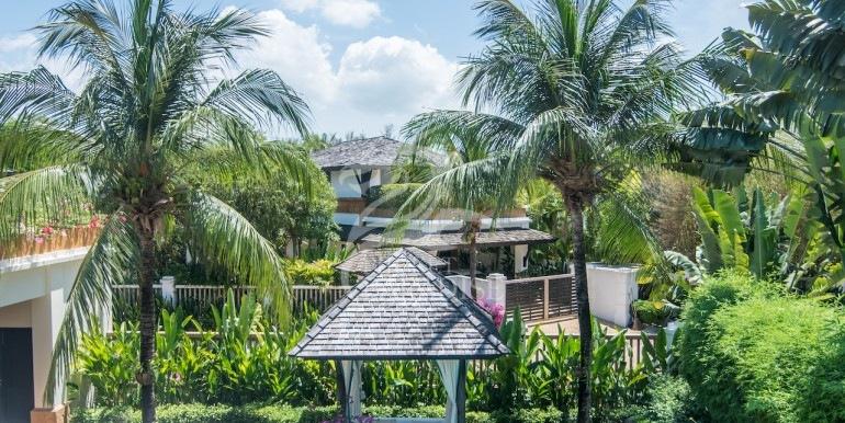 chom-tawan-phuket-24